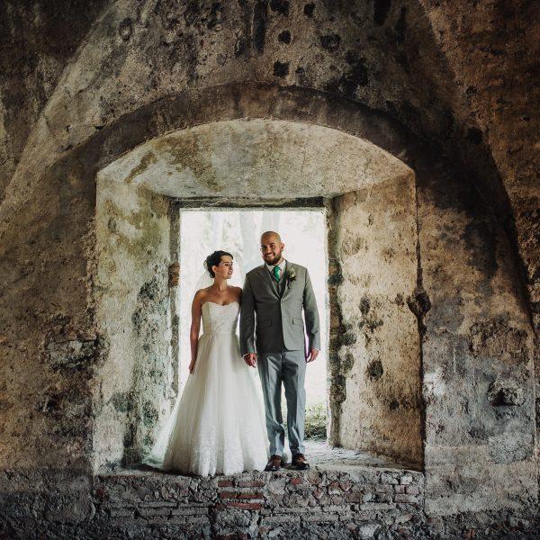 Hacienda Acamilpa Wedding Photographer, Cuernavaca: Mariana & Diego
